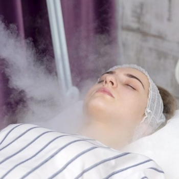 How To Use a Facial Steamer Properly